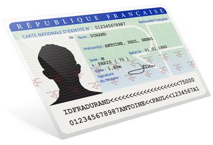 Demandes de carte nationale d'identité et/ou de passeport Le décret n° 2016-1460 du 28 octobre 2016 autorise la mise en œuvre d'un traitement commun aux cartes nationales d'identité et aux passeports. Il supprime notamment le principe de territorialisation des demandes de cartes nationales d'identité. Les demandes de cartes nationales d'identité pourront ainsi être déposées, à l'instar [...]