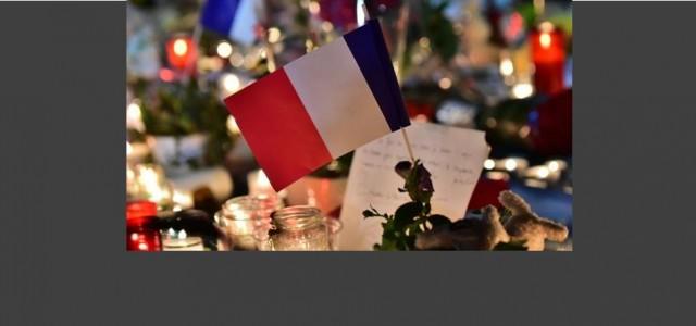 Une minute de silence sera observée aujourd'hui à midi dans la cour de la Mairie en hommage aux victimes de l'attentat de Nice. Monsieur le Maire invite les Authezatois(es) à venir se recueillir sur place à 12 heures.