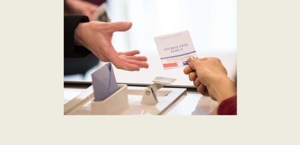 Pour les scrutins des 23 avril et 07 mai (élection Présidentielle), le bureau de vote sera ouvert entre 8 heures et 19 heures.    Comment voter par procuration ?  >>>http://www.interieur.gouv.fr/Elections/Comment-voter/Le-vote-par-procuration (Vous pouvez désormais remplir le formulaire CERFA de demande de vote par procuration sur votre ordinateur, l'imprimer et l'apporter à une autorité habilitée (gendarmerie, commissariat de police, tribunal [...]